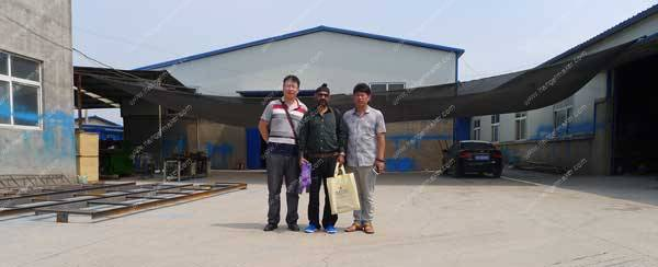 India-Customer-Visit-Wire-Hanger-Making-Factory