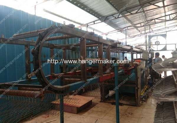 PVC-Wire-Hanger-Plastic-Coating-Machine-2