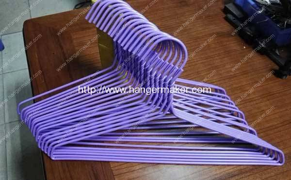 Domestic Type PE Coated Wire Hanger for Sale