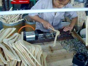 Wooden Hanger Hook Inserting Machine