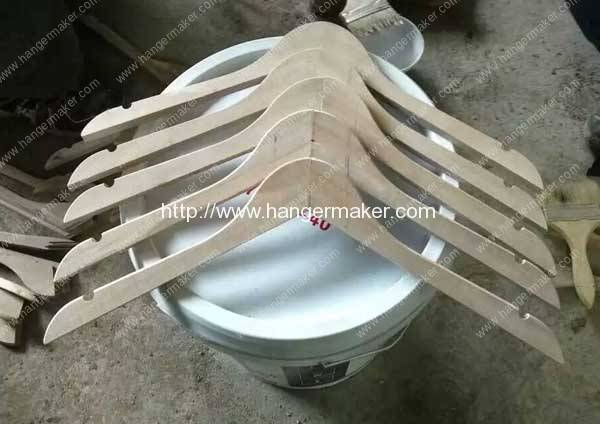 Wooden-Hanger-Pieces-Joint-Assembling-Machine