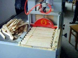 Wooden Hanger Pieces Sawing Separating Machine