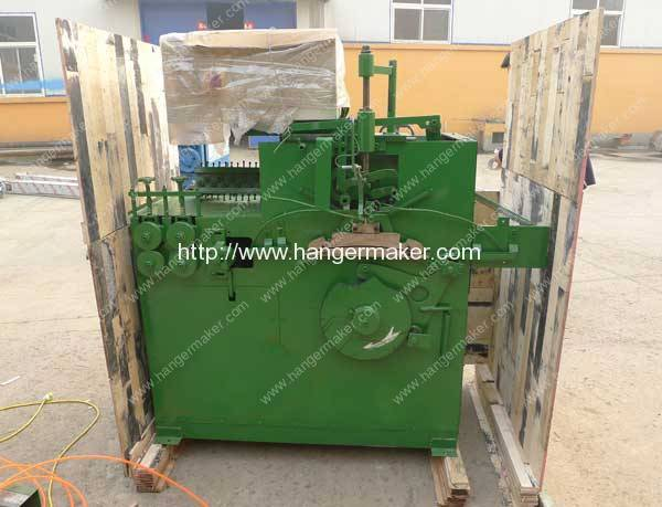 Plastic-Coated-Wire-Hanger-Plywood-Package-Delivery