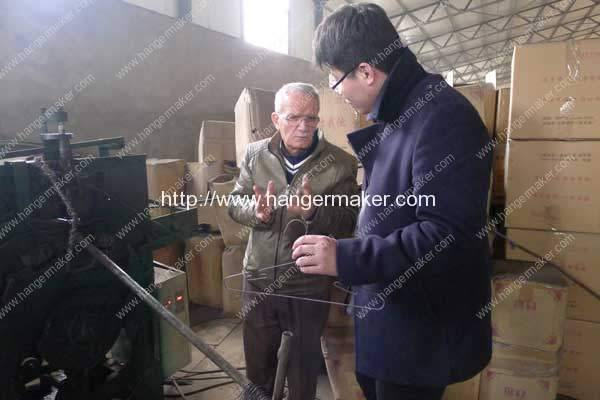 Jordan-Customer-Visit-Factory-for-Butterfly-Shape-Galvanized-Wire-Hanger-Machine