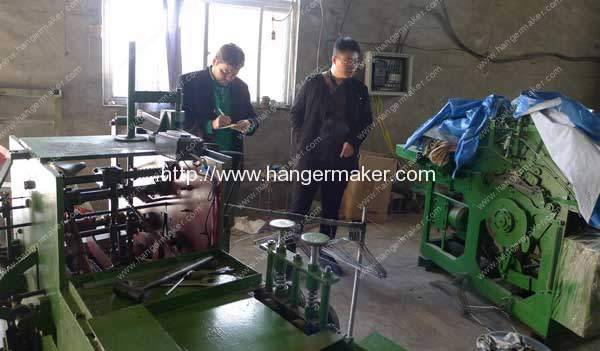 Spain-Customer-Visit-Wire-Hanger-Making-Machine-in-Stock
