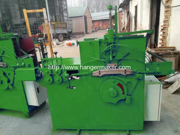 Carbon-Black-Wire-Hanger-Making-Machine