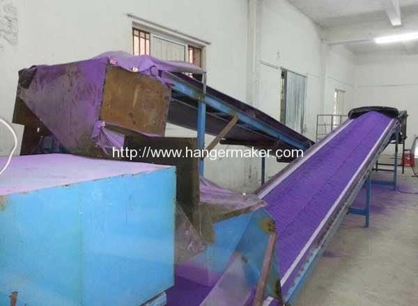 Steel-Wire-Hanger-Plastic-PE-Powder-Coating-Machine