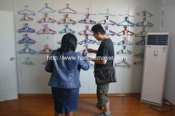 plastic-coated-wire-hanger-making-machine-for-zambia-customer
